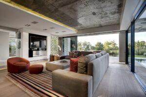 Интерьер дома в современном стиле