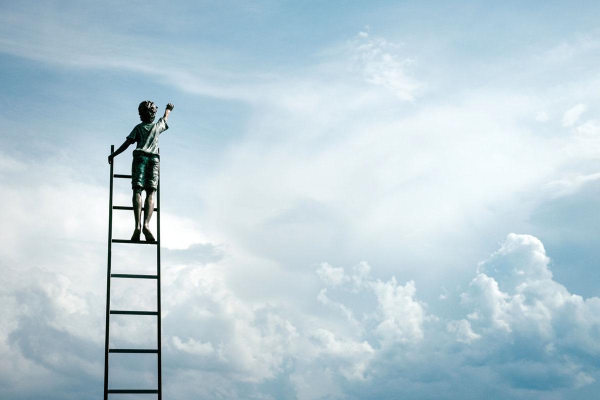 Как визуально увеличить высоту потолка