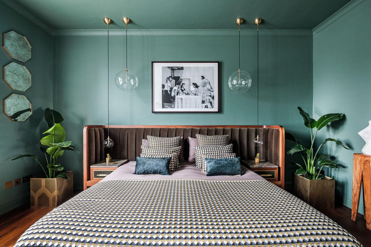 Сочетание зеленого цвета в спальне