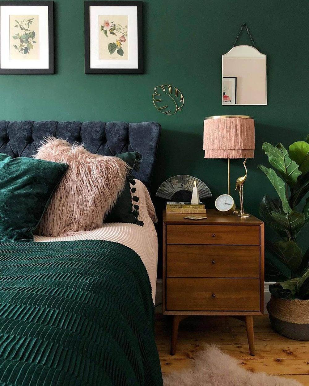 Интерьер спальни в зеленых цветах