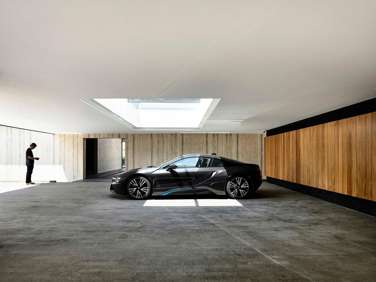 Как сделать интерьер гаража