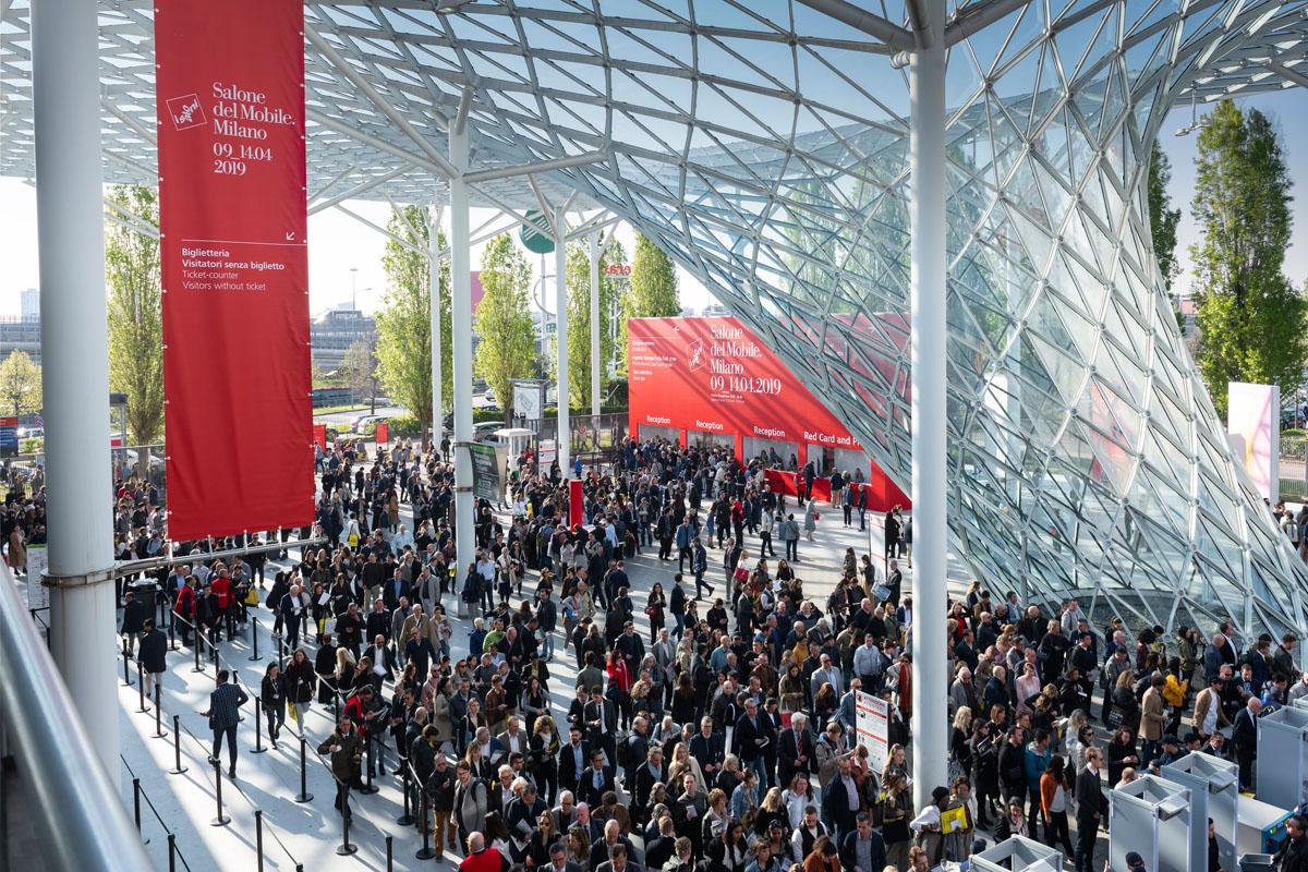 Миланская мебельная выставка